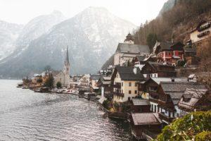 JLT płaca minimalna w Austrii